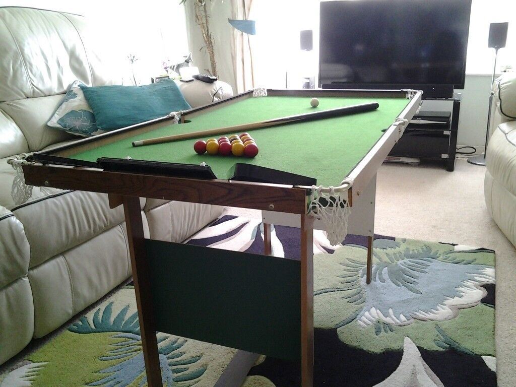 Kids Pool/Snooker Table - Perfect Xmas Present