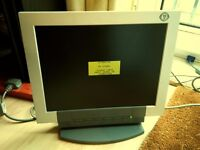 """Last price ! Medion 17"""" LCD monitor with integrated speakers"""