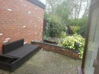 Spacious Double/Twin Room Available in peaceful location near cannock chase