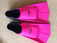 Pink and Black Maru Swimming Fins UK 4 to 5