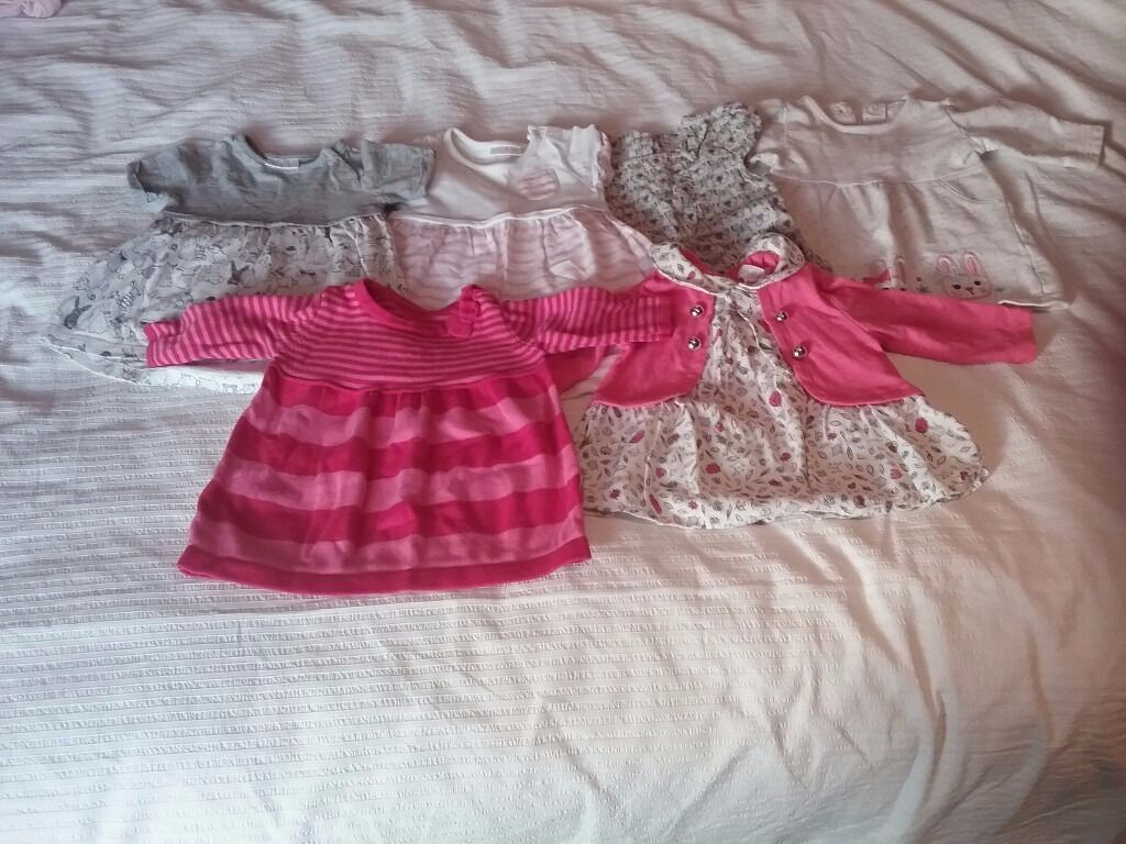 Huge (106 items) Baby girl clothes bundle 0-3 months