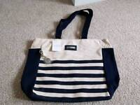 Rare new Liz Earle navy and cream beach bag