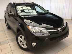 2014 Toyota RAV4 XLE: Clean Carproof, New rear breaks!