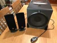 Cyber Acoustics PC/Mac 2.1 channel 110 watts speaker system with stereo speakers and sub-woofer. VGC