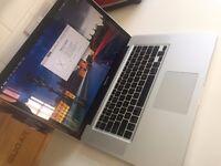 "Apple MacBook Pro - 15"" - 256GB SSD - 8GB RAM - Intel Core i7 Quad Core"