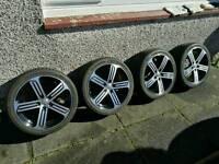 Volkswagen Golf R Cadiz Alloy wheels