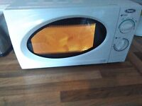 PREMI Microwave 700W