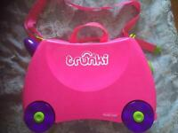 Trunki - child's case - pink & purple