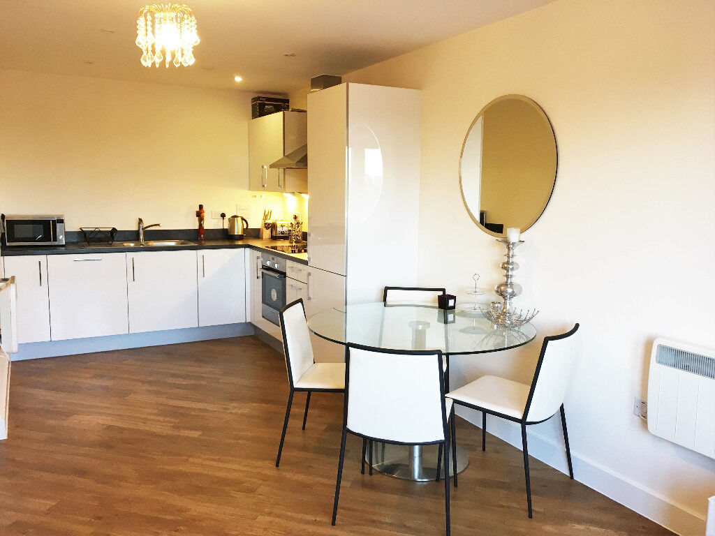 SHORT LET! An incredible two bedroom apartment with allocated parking in Acton Centra