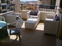 Costa Blanca. Spain. 2 bedroom, 2nd floor apt, English TV, Air conditioning, from £140 pw (SM038)