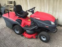 Castle garden ride on mower