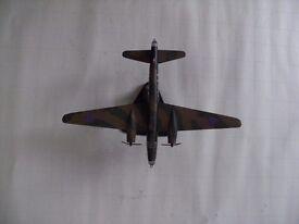 Atlas Editions 1:144 Die Cast Model Vickers Wellington Bomber