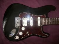 Fender USA American Deluxe Stratocaster Electric Guitar 2009 + Fender Hard Case.