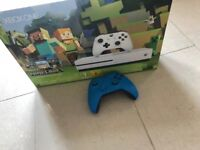 Xbox One S - 500gb Boxed inc FIFA 18 & 2nd Controller