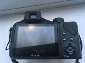Casio Exilim EX FH20 Digital Camera