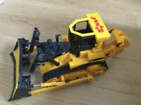 CAT caterpillar bulldozer electronic farm toy perfect Christmas gift rrp £50