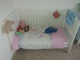 Mothercare Whitehaven Cot Bed