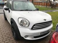 Mini Countryman Cooper WARRANTY FROM MINI UNTIL NOVEMBER!!! Make me an offer.