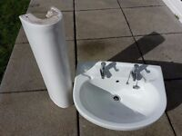 Armitage Shanks Wash Basin and pedestal and taps included