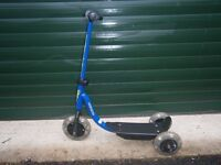"Child's ""Action kid"" scooter, blue"
