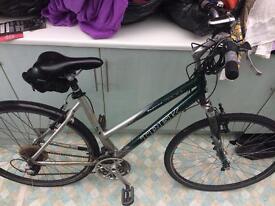 TREK bicycle Multitrack 7200 Hybrid, Green & silver (Fully functional)