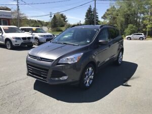 2015 Ford Escape SE Leather / NAV / Power sunroof / Chrome wh...