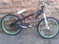 NEW Zombie Boy's Huck Dirt Jump Bike - Black, 24 Inch (25x9 Gear) RRP £199