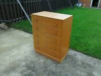 Vintage/retro oak 5 drawer chest of drawers