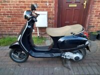 2007 Vespa LX 125 automatic scooter, long MOT, very good runner, good condition, bargain ,,,
