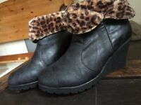 Ankle boots size 39