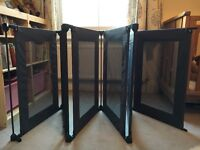 Lindam Safe & Secure Fabric PlayPen - great condition - also handy guard/room divider