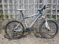 Saracen Mantra Mountain Bike - hydraulic disk brakes, shimano running gear, serviced and tuned.