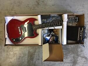 Maestro by Gibson SG Body Shape Electric Guitar Pack (MESGWRCH3) - Wine Red