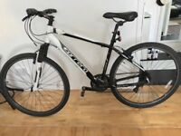 Specialized Carrera crossfire 2 hybrid bike in immaculate condition.better then trek/ridgeback&giant