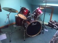 Pearl Forum Drum Set - EXCELLENT CONDITION