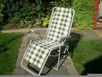 GARDEN GRAVITY SUN LOUNGER FOLDING SUN RECLINING CHAIR