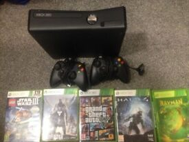 Xbox 360 Slim 250GB with 2 controllers + games inc: Grand Theft Auto 5 and Halo 4