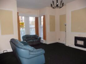 Large Self-Contained, Ground Floor, One Bedroom Flat, Avenues Hull - GCH - DG