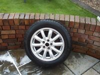 For sale 4 pirelli 225/55 ZR16 95W JAGUAR S TYPE TYRES on alloy rims , 1 BRAND NEW , 3 ROAD LEGAL