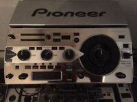 Pioneer RMX 1000 Limited Edition + Silver Stand