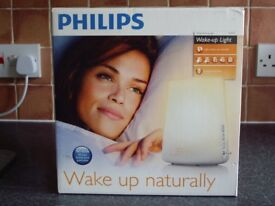 PHILIPS WAKE UP LIGHT IN VERY GOOD CLEAN CONDITION .