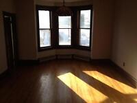 Large 3 bedroom flat **heat and lights included**