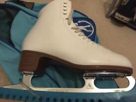 Jackson Artiste Girls figure skates / Ice skates size UK 6.5