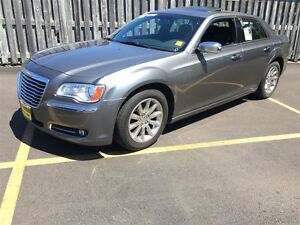 2012 Chrysler 300 Limited, Automatic, Panoramic Sunroof, Back Up