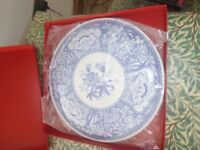 NEW IN BOX SPODE BLUE ITALIAN CHEESE DISH PLATE STAND
