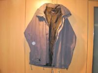 Mens Outdoor Sportswear fully weatherproof Coat with hood. Size XL, Waterproof, Windproof,