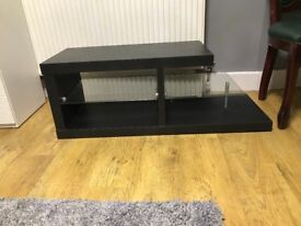Brown tv cabinet in very good condition