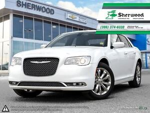 2016 Chrysler 300 Limited AWD Leather/Roof/NAV!!