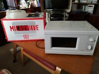 700W MICROWAVE OVEN IN WHITE FROM ARGOS