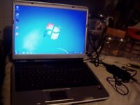 Advent 7109 Laptop: 60GB :Dual Core 1.46Ghz :1GB RAM :Win 7 : Activated Office 2007